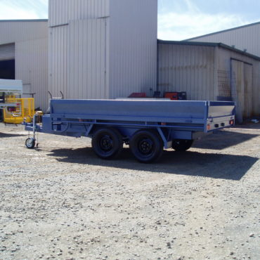 Tip Trailers 2